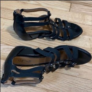 Black gladiator sandals women's size 6
